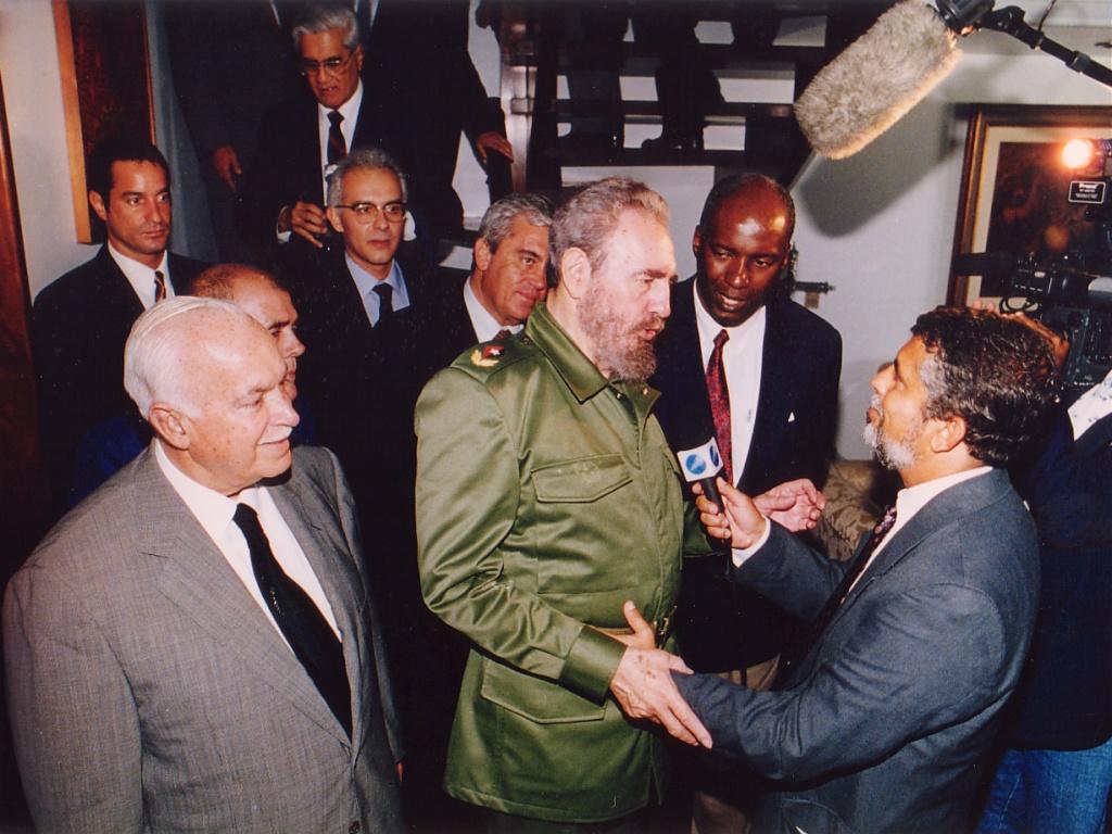 Fidel Castro (Presidente de Cuba) em visita à Bahia - Cerimonial do Governo do Estado da Bahia - Residência do Senador ACM, Salvador-BA, 08/ago/98