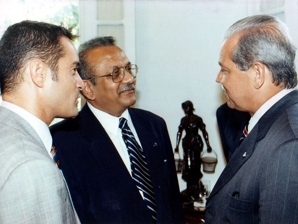 Nitin Desai (General Sub-secretary of UN) during a visit to Bahia, nov/16/1999, Salvador, Bahia